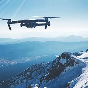 Drohne in den Alpen