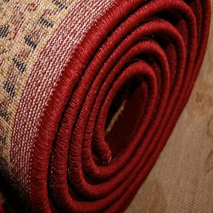 Teppich für den versand vorbereiten